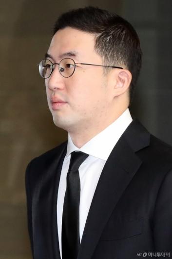 [사진]故 구본무 회장 1추기 추모식 참석하는 구광모 LG 회장