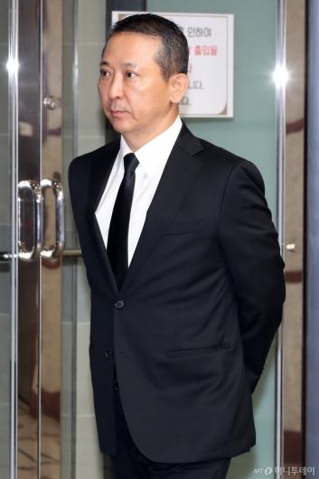 [사진]故 구본무 회장 추모식 참석하는 권영수 부회장