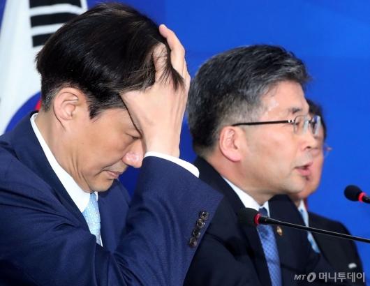 [사진]경찰개혁안 관련 발언하는 민갑룡