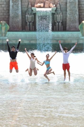 [사진]'올 여름 워터파크서 즐기세요'