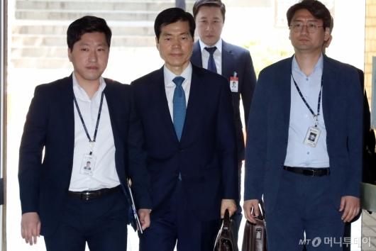 [사진]영장실질심사 출석하는 김태한 대표