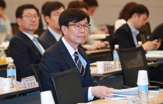 [사진]김상조 위원장, 공정거래정책 2년 성과와 과제 세미나 참석