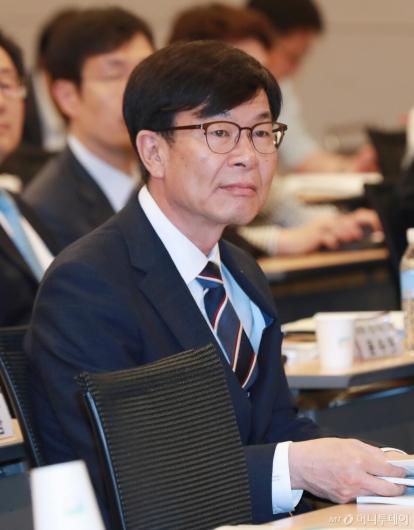 [사진]공정거래정책 2년 성과와 과제 세미나 참석한 김상조 위원장