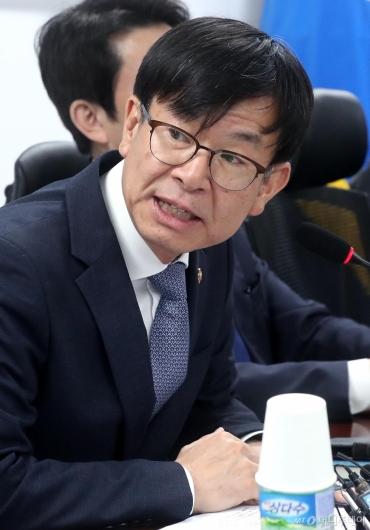 [사진]발언하는 김상조 공정거래위원장