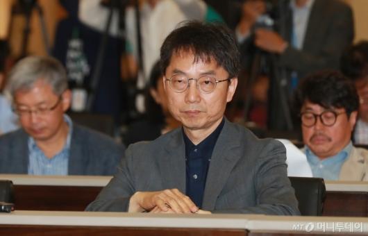 [사진]최저임금 공청회 참석한 박준식 위원장