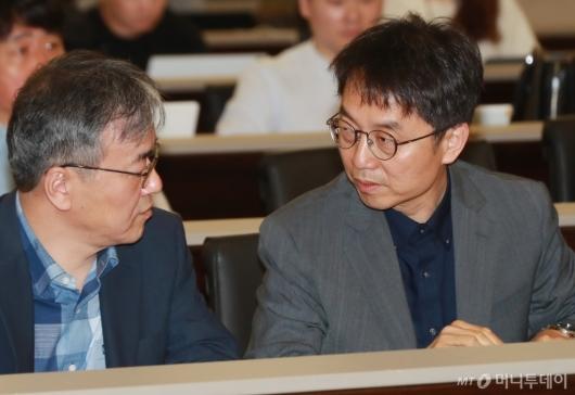 [사진]최저임금 심의 공청회 참석한 박준식 위원장