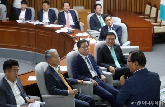 [사진]바른미래당 워크숍 강연하는 김대환 전 장관