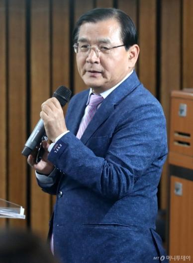 [사진]김대환 전 장관, 바른미래당 워크숍 강연