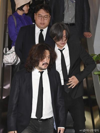 [사진]빈소 찾은 김어준-주진우-김용민