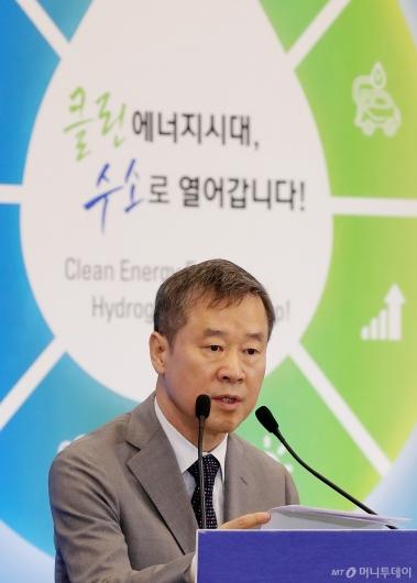 [사진]'수소엑스포' 참석한 홍선근 회장