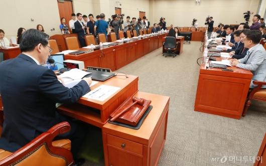 [사진]'계속되는 자유한국당 국회 보이콧'