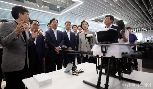 [사진]5G 기술 적용된 가드드론