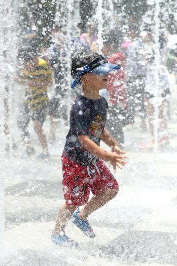 [사진]'시원한 물놀이'