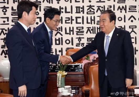 [사진]문희상, 여야 원내대표 회동