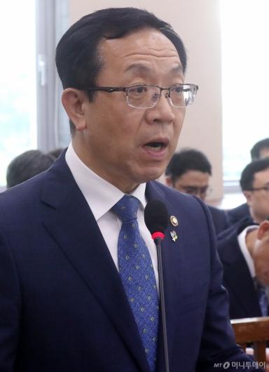 [사진]행안위 현안보고하는 소방청장