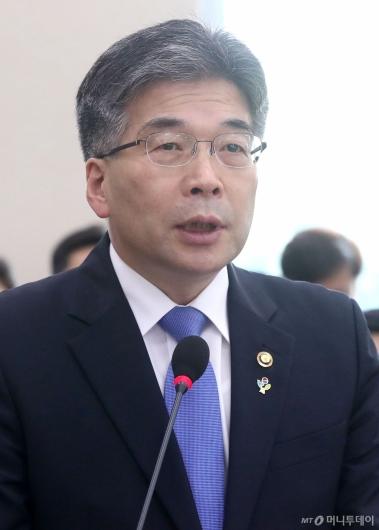 [사진]행안위 현안보고하는 경찰청장
