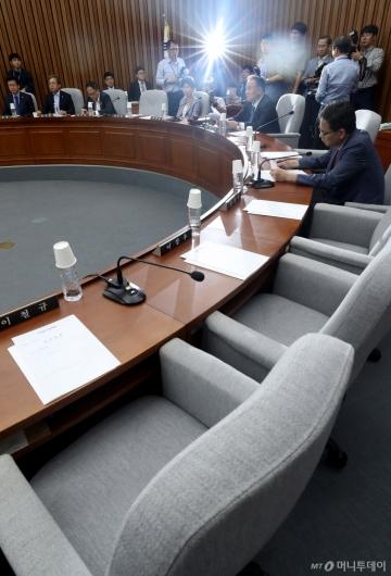 [사진]자유한국당 불참 속 사개특위