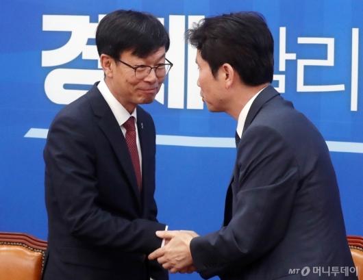 [사진]이인영 예방하는 김상조