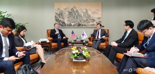 [사진]이도훈-스티븐비건 한미 북핵수석대표 협의