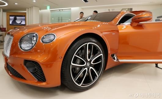 [사진]벤틀리 컨티넨탈 GT V8 '가장 아름다운 쿠페'