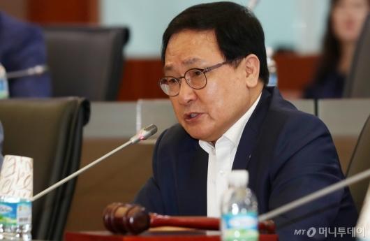 [사진]유영민 장관 '신기술·서비스 심의위원회' 모두발언