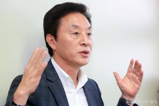 정두언 전 의원, 숨진 채 발견 '유서 남겨'(상보)