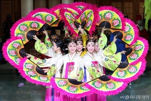 [사진]아름다운 부채춤