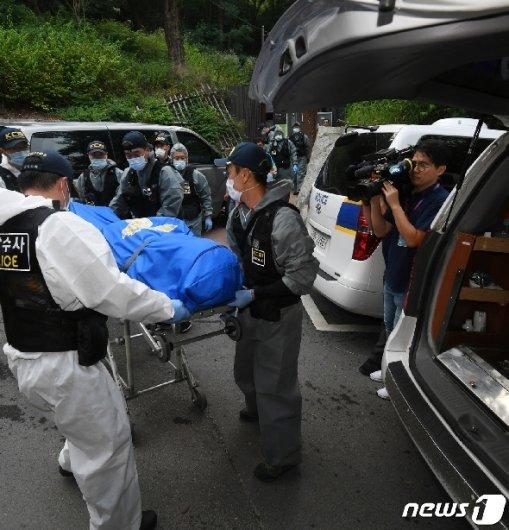 [사진] 정두언 전 의원, 야산서 숨진 채 발견