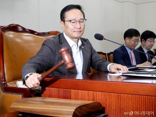 [사진]정개특위 홍영표 신임 위원장