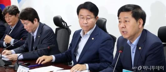 [사진]재정관리 점검회의 발언하는 구윤철