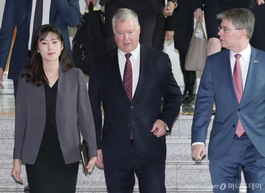 [사진]외교부 찾은 스티븐 비건 美 대북특별대표