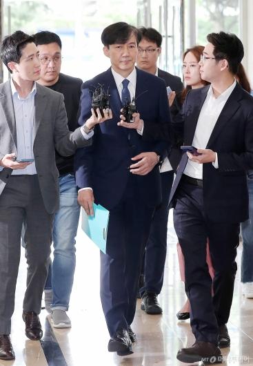 [사진]청문회 준비하는 조국 후보자