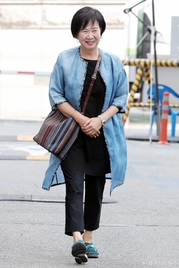 [사진]'목포 부동산 투기' 첫 공판 출석하는 손혜원