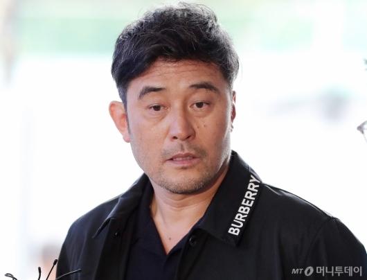 [사진]최민수 '보복운전 혐의' 선고공판 출석