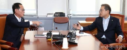 [사진]조국 청문회 증인 채택 막판 진통