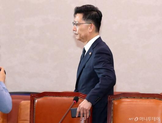 [사진]방역 현장으로 떠나는 김현수 장관