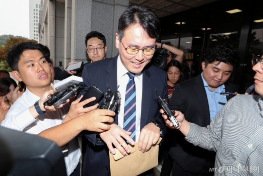 [사진]정 교수 변호인 '아무것도 모릅니다'