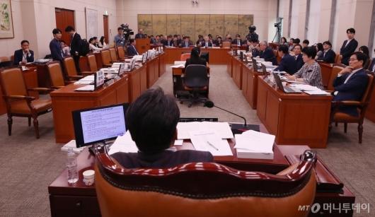 [사진]자유한국당 퇴장한 문체위 국감
