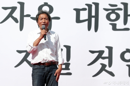 [사진]발언하는 이학재 의원