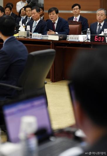 [사진]답변하는 배성범 중앙지검장