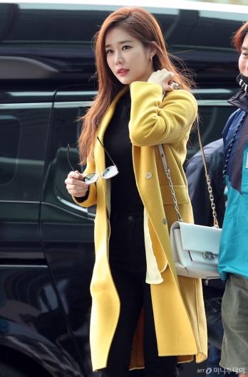 [사진]유인나 '아침부터 열일하는 미모'