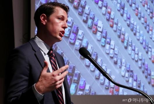 [사진]저스틴 킨츠 '플랫폼경제의 미래는?'