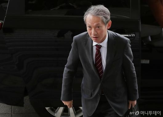 [사진]외교부 도착한 다키자키 시게키 일본 외무성 국장