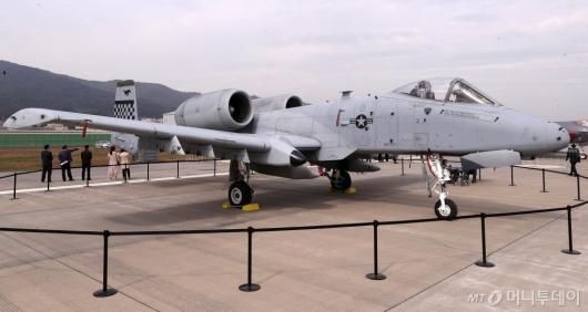 [사진]날렵한 지상공격기 A-10