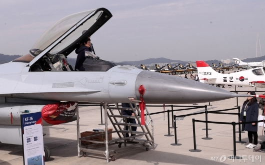 [사진]공군 주력 전투기 KF-16