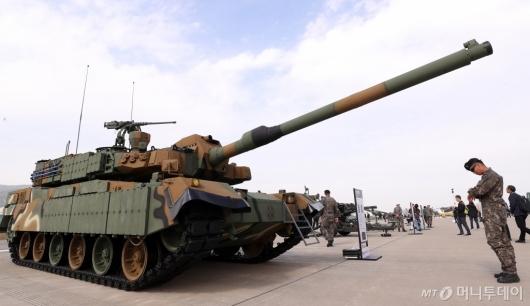[사진]위용 자랑하는 K-2 전차