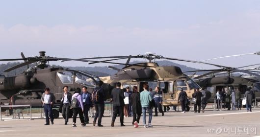 [사진]기동성 자랑하는 헬기들