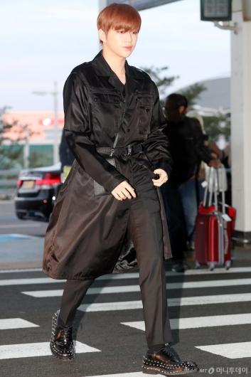 [사진]강다니엘 '모델 보다 멋진자태'