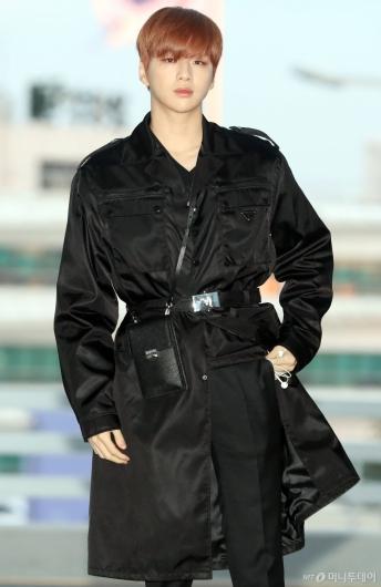 [사진]강다니엘 '매력적인 멍뭉미'