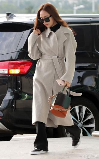 [사진]제시카 '계절을 앞서가는 패션'